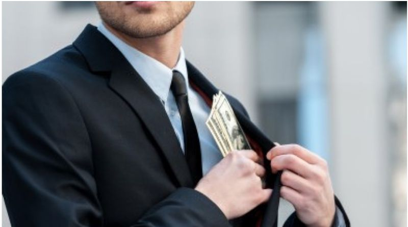 White-collar crimes: CFO as protector and trustee of the organisation